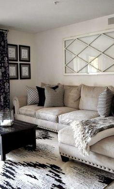 Adorable 55 Fancy Bohemian Style Living Room Decor Ideas https://bellezaroom.com/2018/01/23/55-fancy-bohemian-style-living-room-decor-ideas/