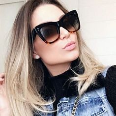 Nadire Atas on Sunglasses Collection Sunnies, Reflective Sunglasses, Eyewear Trends, Fashion Eye Glasses, Sunglasses Women, Celine Sunglasses 2017, Mode Inspiration, Face Shapes, Girl Clothing