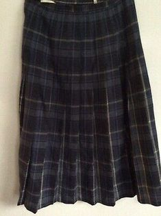 According to measuring is ladies size Tartan Pleated Skirt, Plaid Wool Skirt, Wool Skirts, Pretty Roses, Summer Skirts, St Michael, Navy And Green, Purple, Blue