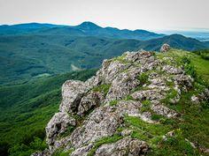 Vápenná (Roštún) - najkrajšie výhľady v Malých Karpatoch - PlanetSlovakia.sk River, Mountains, Nature, Outdoor, Outdoors, Naturaleza, Outdoor Games, Nature Illustration, The Great Outdoors