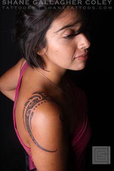SHANE TATTOOS: Maori Shoulder Tattoo, Ta Moko Tribal Tattoos, Girl Tattoos, Polynesian Tattoos, Tatoos, Female Tattoos, Maori Tattoos, Tattoo Schulter Frau, Shane Tattoo, Ta Moko Tattoo