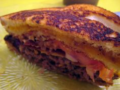 The Bacon Burger Grilled Cheese Melt    The Bacon Burger Grilled Cheese Melt. This is a bacon cheeseburger, with bacon-grilled-cheese sandwiches replacing the buns    The Bacon Burger Grilled Cheese Melt. This is a bacon cheeseburger, with bacon-grilled- Best ever  http://danashowsyou.blogspot.de/2012/09/this-is-nice.html
