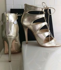 2d14e680ee Womens Strappy Forever 21 Champagne Gold Stilleto High Heels Back Zip Size  7.5 #fashion #