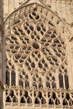 Rose sud de la Cathédrale de Beauvais - Oise | Flickr - Photo Sharing!