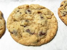The Gluten-Free Conversion Conundrum...a great article on converting a recipe to be gluten free by King Arthur Flour...