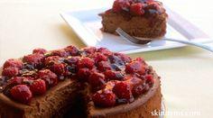 Chocolate Cheesecake with Raspberry Sauce