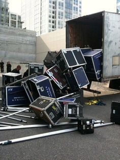 Load-out fail!! lol ouch that made me cringe a little