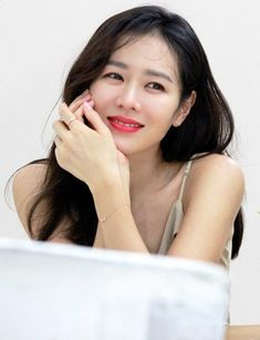 Son Ye Jin is a beauty in commercial photoshoot! Korean Actresses, Korean Actors, Actors & Actresses, Beautiful Girl Image, Beautiful Asian Girls, My Wife Got Married, Dramas, Korean Shows, Kim Woo Bin
