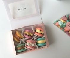 ↳❝we were just friends that spoke like lovers and that seemed to be e… # Fanfiction # amreading # books # wattpad Colorful Desserts, Cute Desserts, Macaroons, Yummy Snacks, Yummy Food, Macaron Packaging, French Cookies, Japanese Snacks, Cafe Food