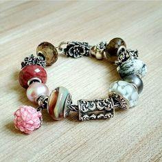 It is such a lovely bracelet! by @sve.nik ☁️ Thank you so much for the photo! Очаровательный браслет от @sve.nik ☁️ Спасибо огромное за фото! #truebeadz