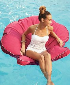 Some might say our Sanibel Shell Float is more tempting than an easy chair at the end of a long day.