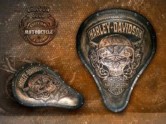 Massanfertigung Handgefertigte Custom Harley von DragonSoulStudio