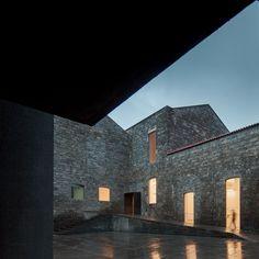 Menos é Mais Arquitectos, João Mendes Ribeiro, José Campos · The Arquipélago - Contemporary Arts Centre · Divisare