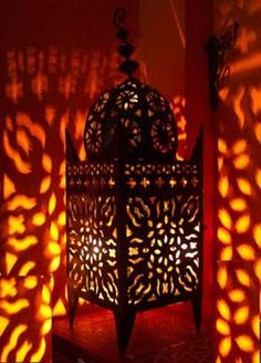 Google Image Result for http://www.moroccan-palace.com/wp-content/themes/velocity/images/moroccan-lantern.jpg