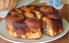 Blatul îl puteți pregăti într-o oală rezistentă la coacere sau într-o formă de tort cu pereții detașabili. Acest tort va deveni preferatul familiei!