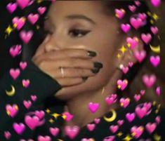 "Nora: Me when my mom says ""We can go the departament store. Cartoon Memes, Funny Memes, Dankest Memes, Ariana Grande Meme, Memes Amor, Sapo Meme, Cute Love Memes, Funny Love Pics, Heart Meme"