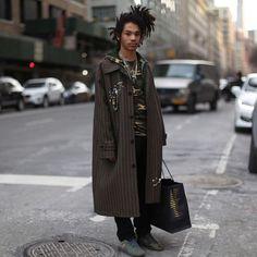 Street Style Shots: New York Fashion Week Men's Day 3 + 4 Stylish Mens Fashion, Latest Mens Fashion, New York Fashion, Star Fashion, Urban Fashion, Boho Fashion, Stylish Menswear, Fashion Shoot, Street Fashion