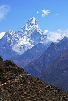 Ama Dablam from trail between Namche Bazaar and Everest View Hotel, Nepal…