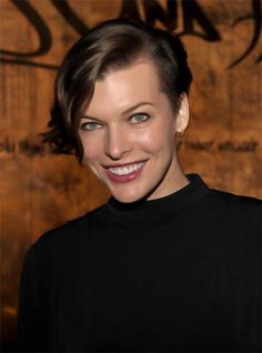 Milla Jovovich Short Wavy Cut - Mila Jovovich rocked a cool asymmetric haircut a the launch of Restoration Hardware's spring 2012 collection. Short Wavy Hairstyles For Women, Haircuts For Wavy Hair, Short Hair Trends, Asymmetrical Hairstyles, Undercut Hairstyles, New Haircuts, Short Hair Cuts, Layered Haircuts, Milla Jovovich