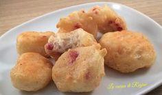 Zeppoline fritte, antipasto tipico della cucina napoletana si presta bene con aggiunta di vari ingredienti