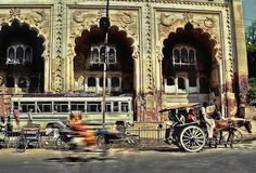 Photo of the Day: Lucknow Rickshaws and Tongas | Rickshaws and Tongas - a horse-drawn cart used as a taxi - in Lucknow, #India on January 5, 2012. (Carl Welsby/Flickr)