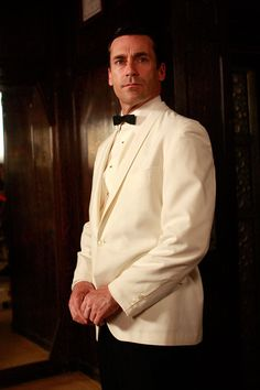 Mad Men - Episode publicity still of Jon Hamm Don Draper, Betty Draper, James Bond, Jon Hamm, Madison Avenue, Humphrey Bogart, David Gandy, Mad Men Final Season, Mad Men Fashion