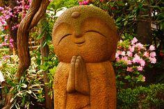 Happy Buddha : Hasedera Temple in Kamakura, Japan