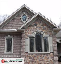Appleridge Stone - Stone Veneer: Cobblestone pattern, Buff color.