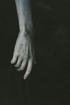 Hands, Photography, Chain, Feelings, Portrait, Photograph, Fotografie, Necklaces, Photoshoot