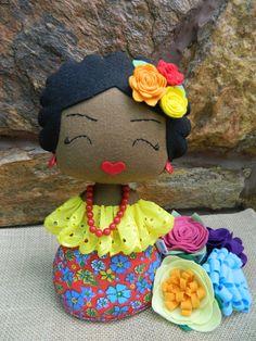 Peso de porta ou enfeite decorativo, feito a mão em feltro, chita e bordado inglês. Decore sua casa com um toque de charme.