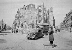 Berlin in Ruins in 1945 (19 photos)