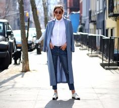 The perfect way to wear your Trench/ Duster coats! #styling #fashion #women #coat #jackets https://vicinito.com/posts/11-ways-to-style-a-duster-coat/5834