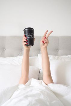 How I Overhauled My Morning Routine The internet wants me to believe successful women basically conquer more in their 3 hour pre-work morning than I do in my entire day. Coffee Photography, Lifestyle Photography, Photography Poses, Morning Photography, Indoor Photography, Coffee Love, Best Coffee, Coffee Mugs, Coffee In Bed