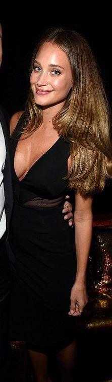 Hannah Davis' black mesh dress fashion id
