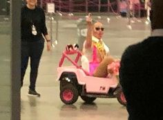 Trixie Mattel closing out Dragcon Funny Images, Funny Pictures, Trixie And Katya, Current Mood Meme, Doja Cat, Rupaul, Meme Faces, Stupid Memes, Mood Pics