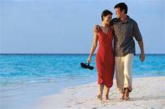 Vietnam honeymoon tour in hoian. Honeymoon Tour Packages, Honeymoon Destinations, Honeymoon Trip, Holiday Destinations, Romantic Honeymoon, Romantic Getaways, Sacramento Do Matrimonio, Vietnam Holidays, India Tour