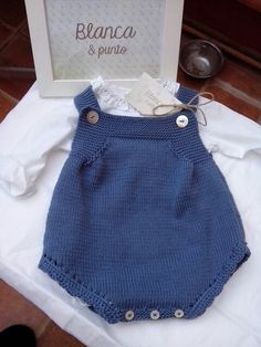 No pattern - just idea. Baby Knitting Patterns, Knitting For Kids, Crochet For Kids, Baby Patterns, Baby Pants, Culottes, Classic Outfits, Baby Sweaters, Baby Wearing