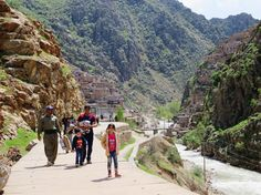 It was a long journey to get to the province of Kurdistan, but it was one of the most scenicjourneys I made. The bus rolled through amountainous green landscape while the bus assistant kept sharing food and cups of tea…