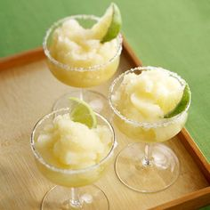 Cut calories without losing that yummy margarita flavor with this alcohol-free frozen cocktail. It has just 58 calories per serving!