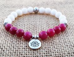 Check out this item in my Etsy shop https://www.etsy.com/uk/listing/277061140/rose-jade-women-bracelet-white-jade