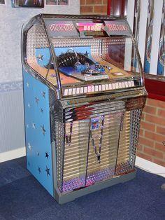 Jukeboxes rock ola jukeboxes from the jukebox showroom rockola