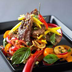 Découvrez la recette Sauté de canard exotique sur cuisineactuelle.fr.