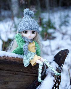Audun [Pullip Tiphona] Crochet Hats, Instagram, Fashion, Knitting Hats, Moda, Fashion Styles, Fashion Illustrations, Fashion Models
