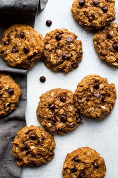 How to make super soft and CHEWY pumpkin oatmeal chocolate chip cookies on sallysbakingaddiction.com