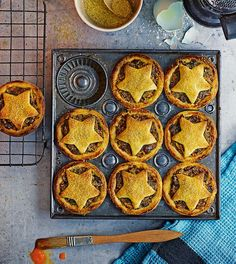 Try an alternative mince pie this Christmas with mincemeat made with dates, sultanas, apple and pecan nuts.