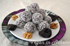 Raw vegan chocolate and prune truffles - Ωμοφαγικά τρουφάκια με κακάο και δαμάσκηνα - Veganinathens.com