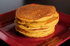 Pumpkin fever hits earlier every year. Bisquick Pumpkin Pancakes! And they happen to be vegan.