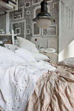 linen beds