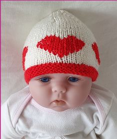 Knitting Patterns Online - Knitting Patterns for Beanies - Kaley Knitted Baby Beanies, Cute Beanies, Knitted Hats, Crochet Hats, Knit Stockings, Garter Stitch, Baby Knitting, Doll Clothes, Knitting Patterns