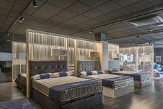 """NERU"" showroom for ""Galerías sofàs i descans"""